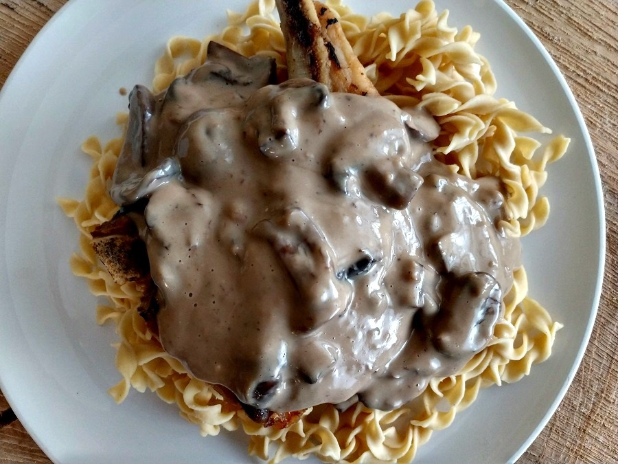 slow cooker pork chop stroganoff
