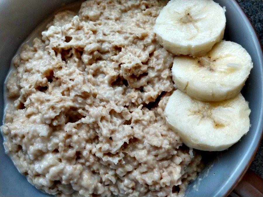 Slow Cooker Banana Oatmeal